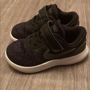 Nike FLEX CONTACT